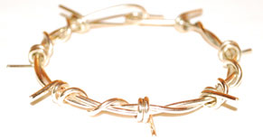 Colette Hazelwood Contemporary Jewellery. 9ct Gold Barb Wire Bracelet