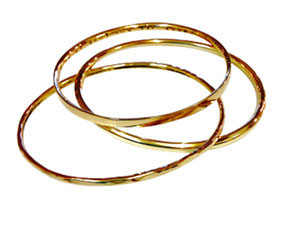Colette Hazelwood Contemporary Jewellery. gold triple connected bangles