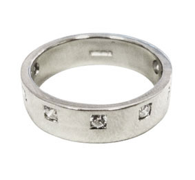 Colette Hazelwood Contemporary Jewellery. Platinum & 7 Diamonds Engagement Ring