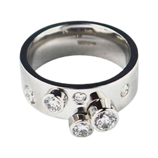Colette Hazelwood Contemporary Jewellery platinum and diamond ring