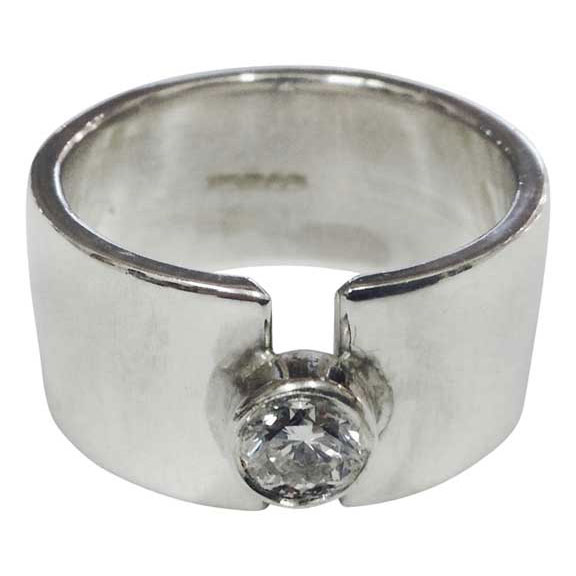 Colette Hazelwood - silver & diamond ring