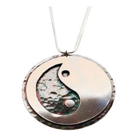 Colette Hazelwood Contemporary Jewellery. Silver Yin Yang Pendant