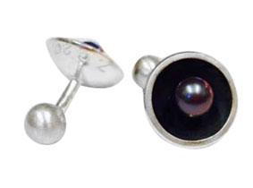 Colette Hazelwood Contemporary jewellery silver and pearl cuff links