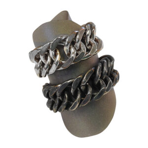 chunky chain rings by Colette Hazelwood Contemporary Jewellery.