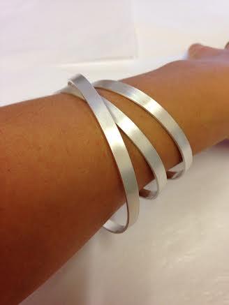 triple coil bangle silver
