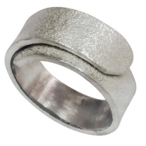 crossover overlap silver textured ring