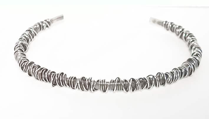 Colette Hazelwood Contemporary Jewellery Fine wraparound necklace
