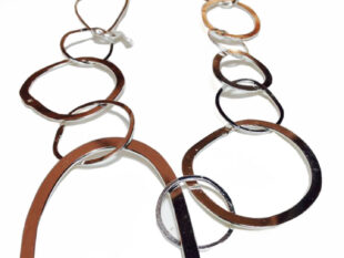 Colette Hazelwood Contemporary Jewelleryorganic links necklace silver