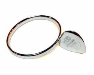 Colette Hazelwood Contemporary Jewellery. Silver Guitar Pick Bangle