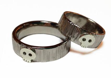18ct-White-Gold-Bark Hammered-Skull-Wedding Rings