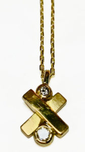 Colette Hazelwood Contemporary Jewellery. gold and diamonds necklace pendant