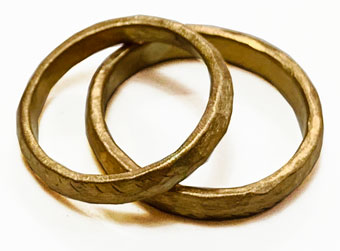 22ct Yellow Gold Hammered rings