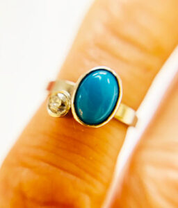 Colette Hazelwood Contemporary Jewellery. Platinum & Turquiose & Diamond Ring