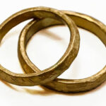 Hammered-Gold-Wedding-Rings