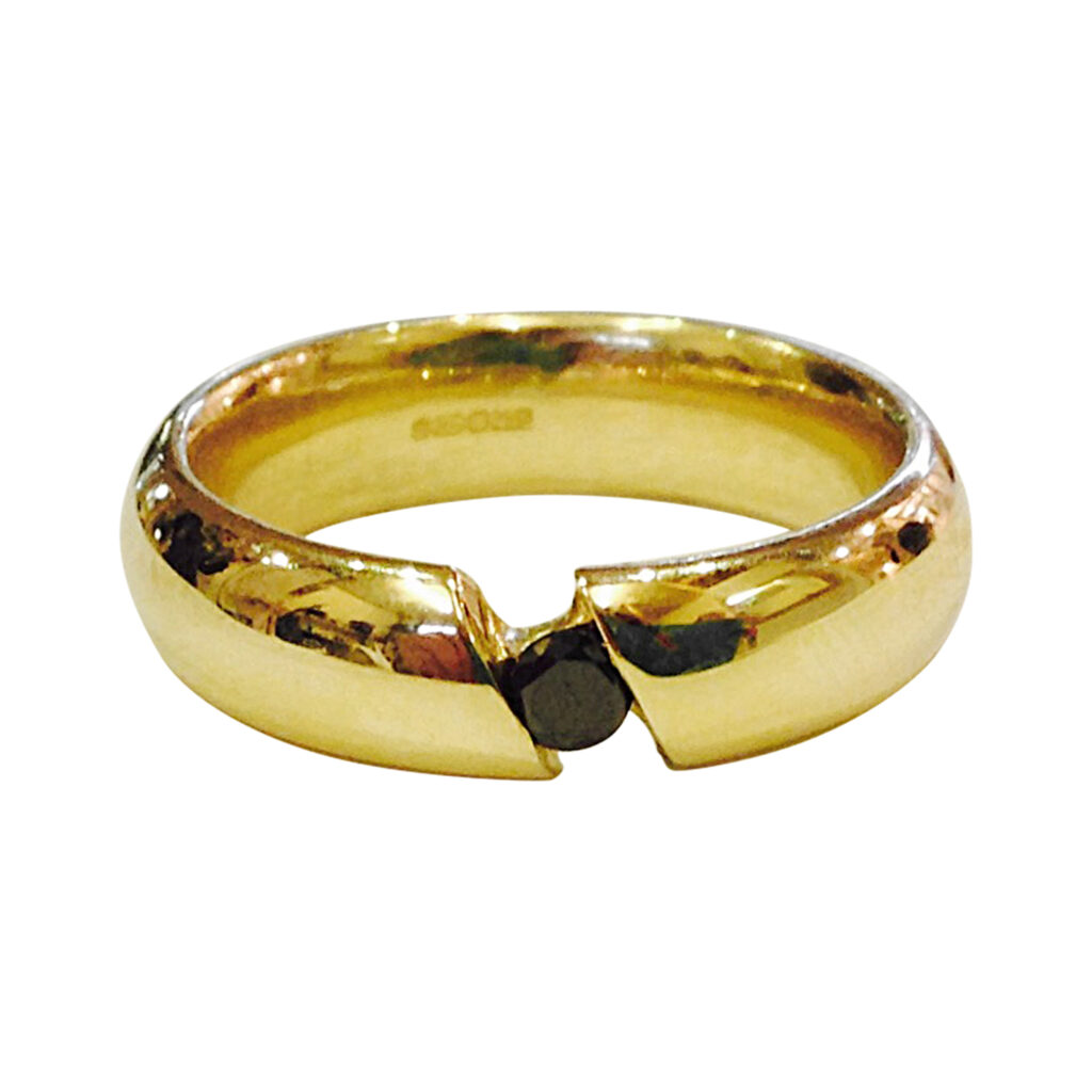 Colette Hazelwood Contemporary Jewellery Gold and Black Diamond Ring