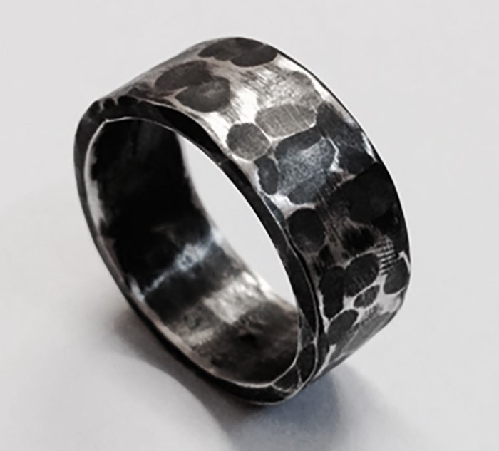 10mm hammered oxidised ring