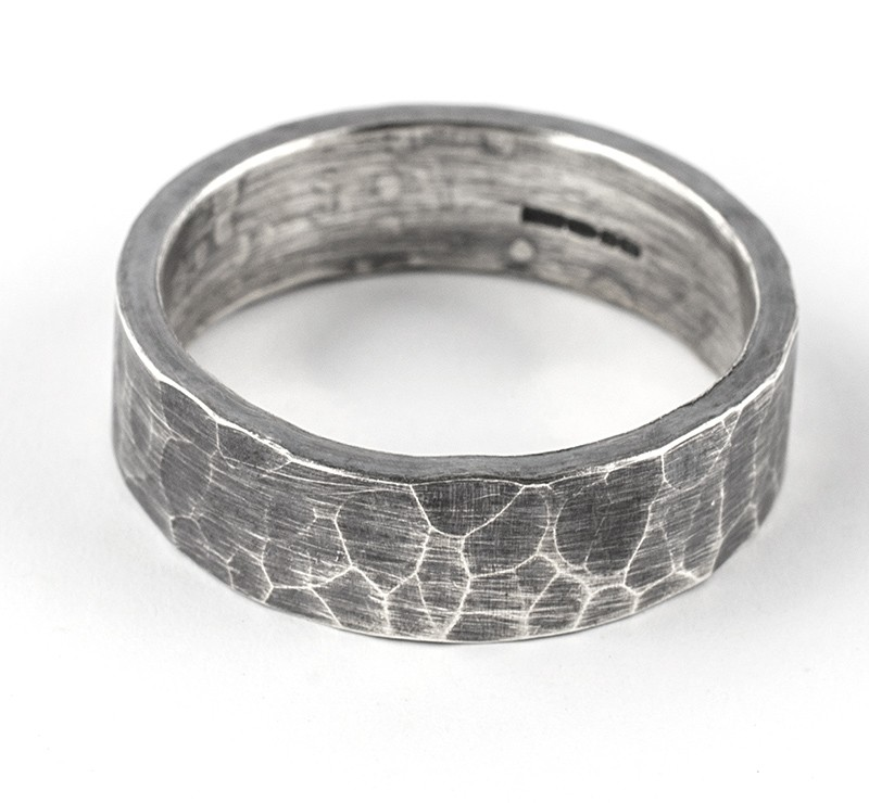 6mm hammered oxidised ring