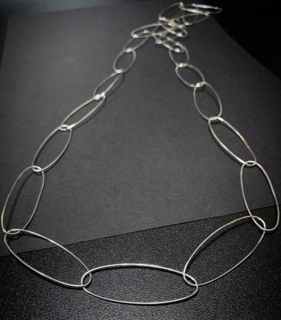 navette oval links necklace