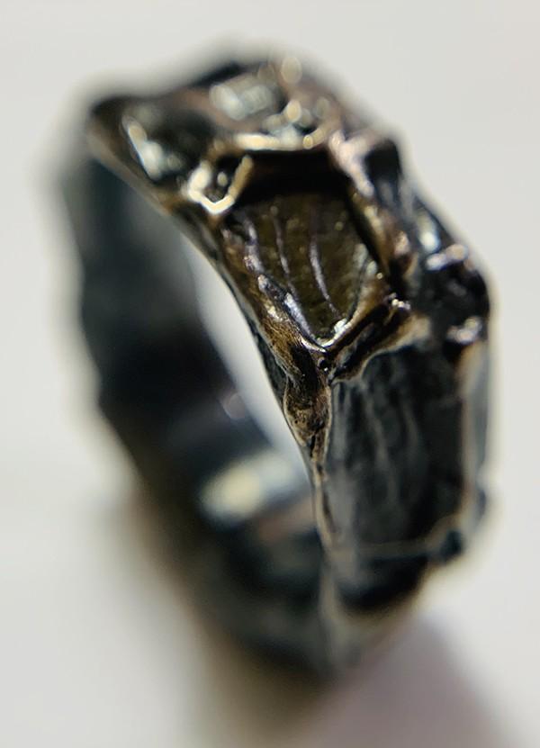 oxidised organic ring