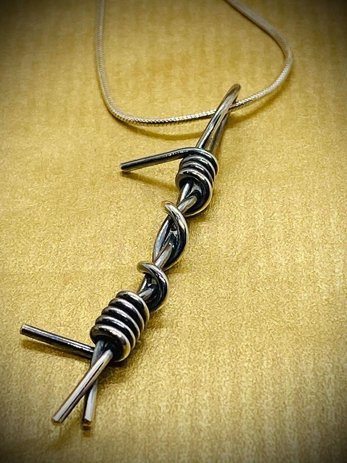barb wire pendant oxidised