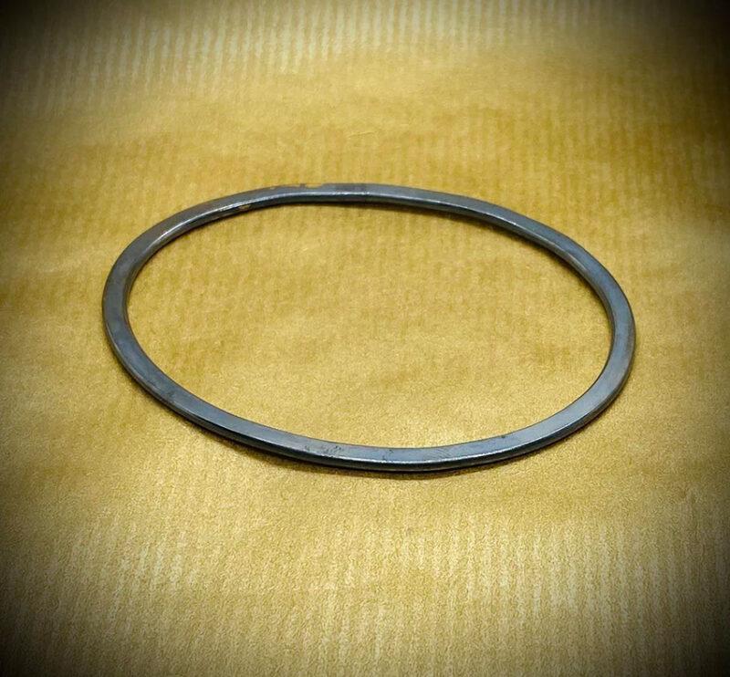 flat bangle