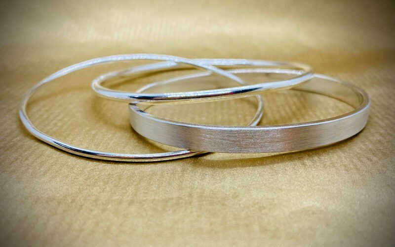 triple connected bangles