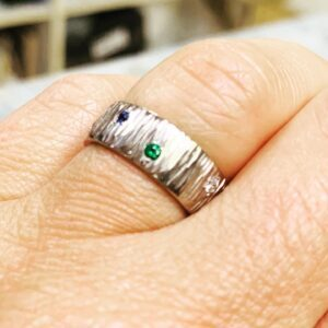 18ct White Gold, Diamonds, Sapphires and Emeralds Ring